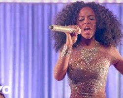 Look But Don't Touch (Official Video) ft. Serayah